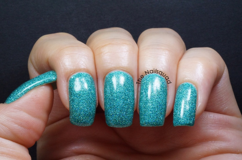 seahorse rodeo by smitten polish