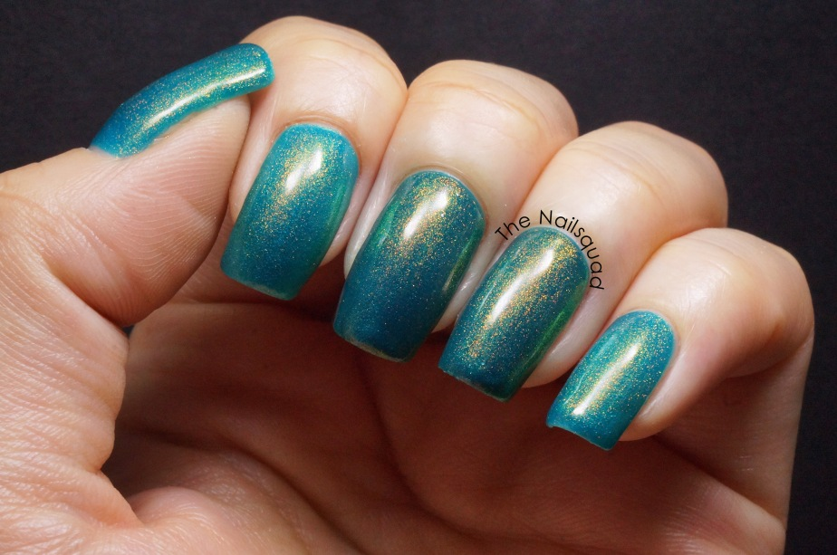 a wedding dress that isn't bright turquoise by smitten polish(4)